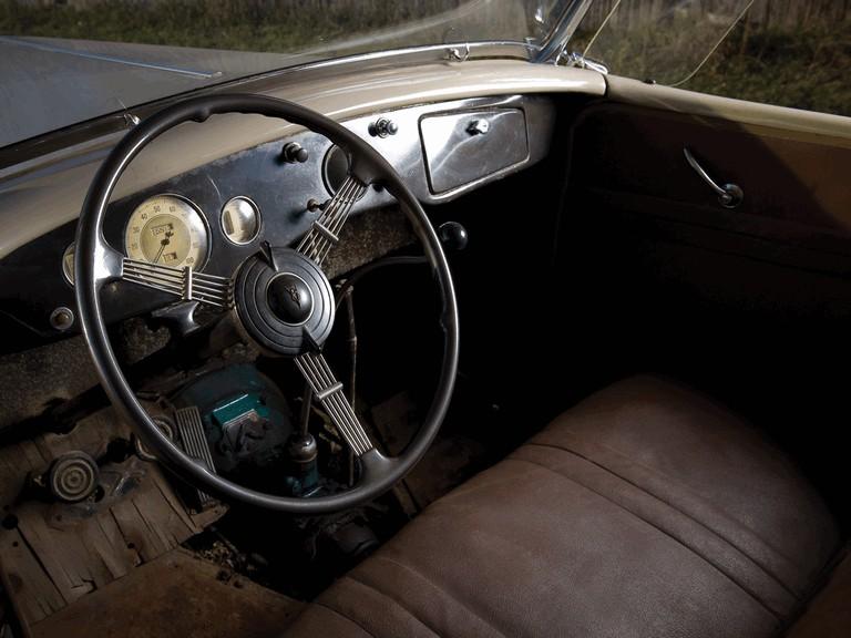 1935 Ford Model 48 Deluxe Phaeton 270962