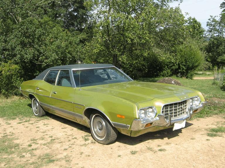 1973 Ford Gran Torino - Free high resolution car images