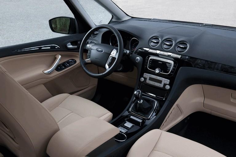 2010 Ford Galaxy 272094
