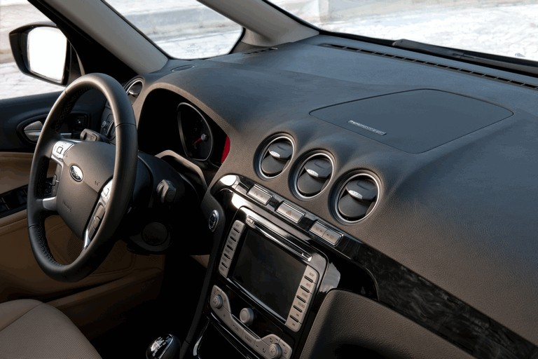 2010 Ford Galaxy 272095