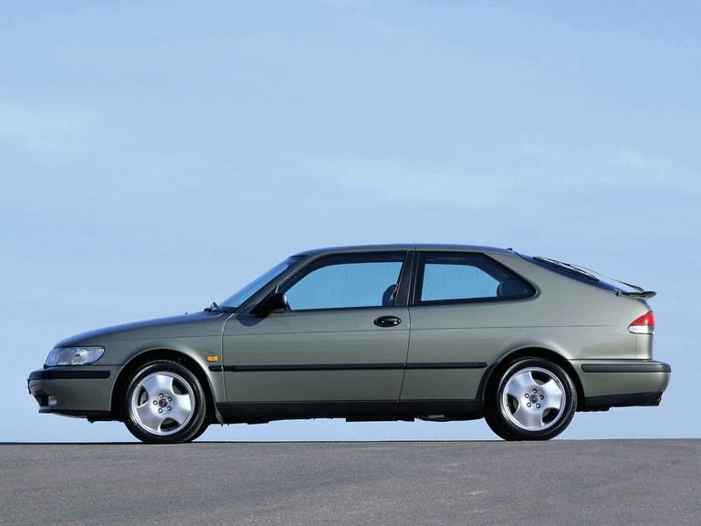 1998 Saab 9-3 coupé 272656