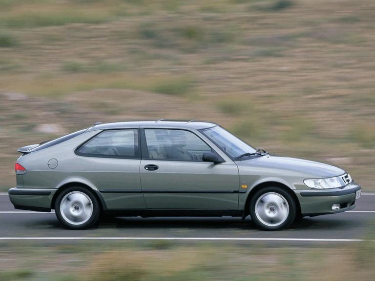 1998 Saab 9-3 coupé 272666