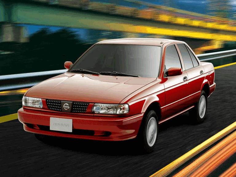 2004 Nissan Tsuru 272956