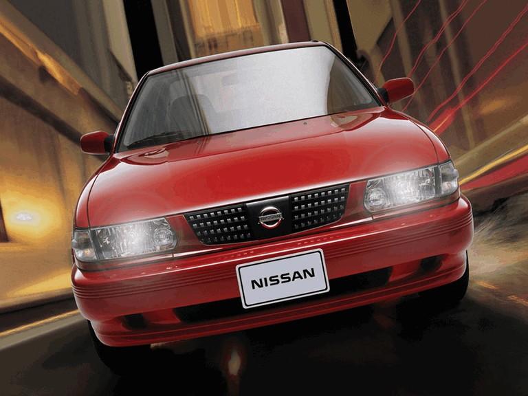 2004 Nissan Tsuru 272957
