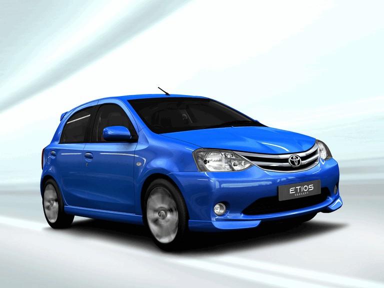 2010 Toyota Etios hatchback concept 273007