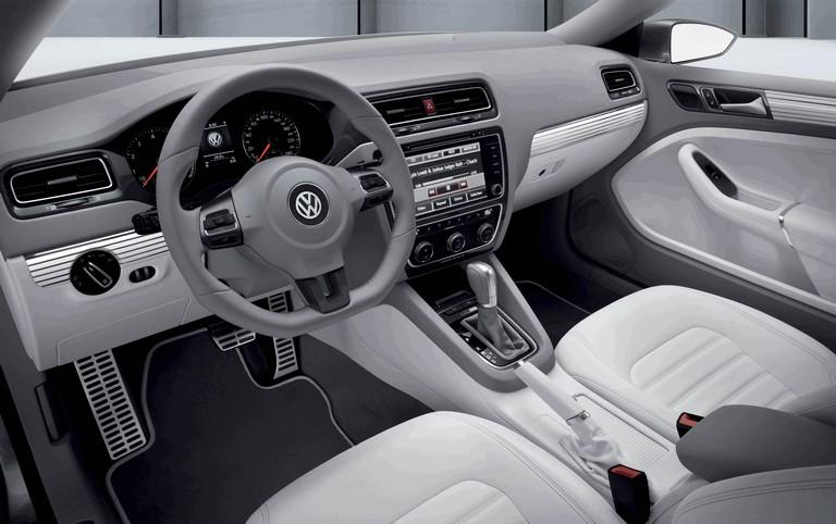 2010 Volkswagen New Compact coupé 273308