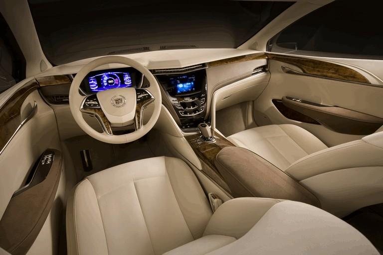 2010 Cadillac XTS Platinum concept 273405