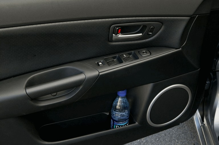 2004 Mazda 3 485651