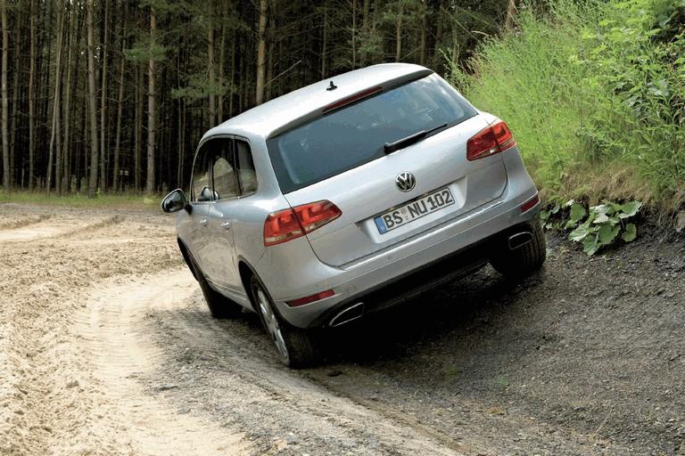 2010 Volkswagen Touareg 275085