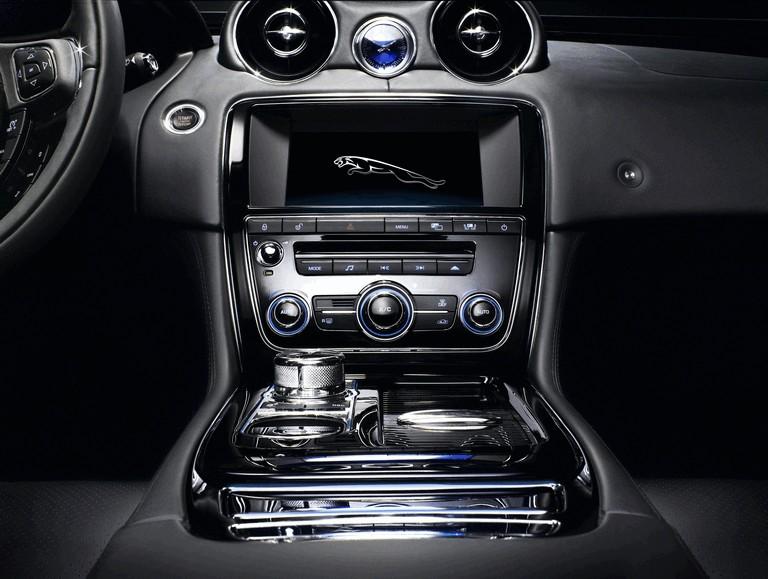 2010 Jaguar XJ 275292