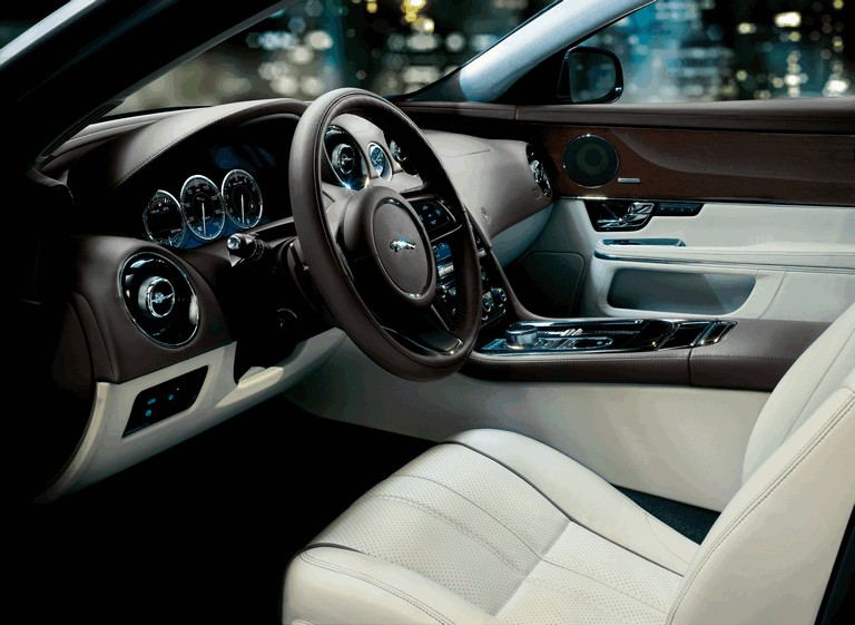 2010 Jaguar XJ 275297