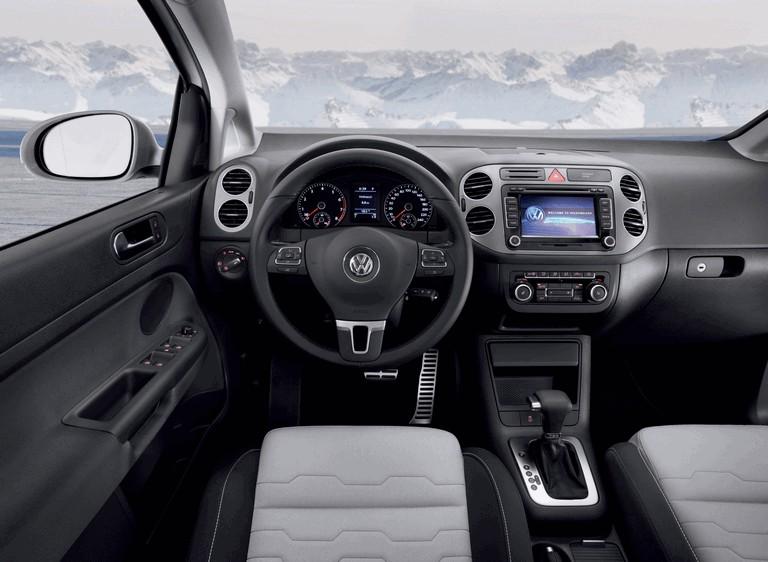 2010 Volkswagen Cross Golf 275864