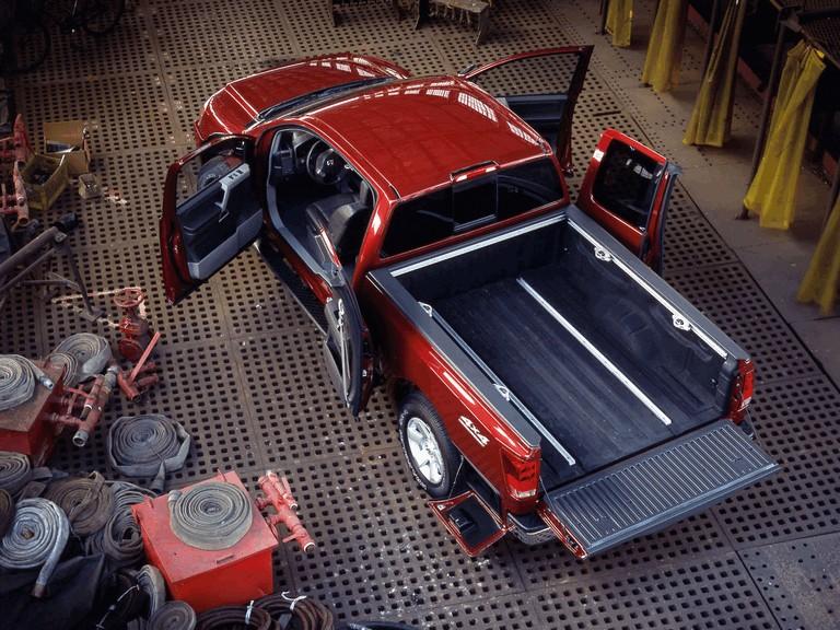 2004 Nissan Titan 486124