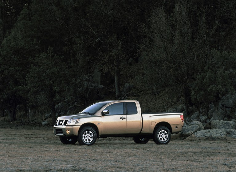 2004 Nissan Titan 486140
