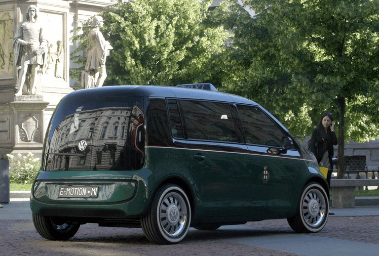 2010 Volkswagen Milano Taxi concept 280114