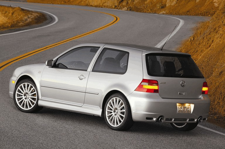 2004 Volkswagen Golf R32 203609