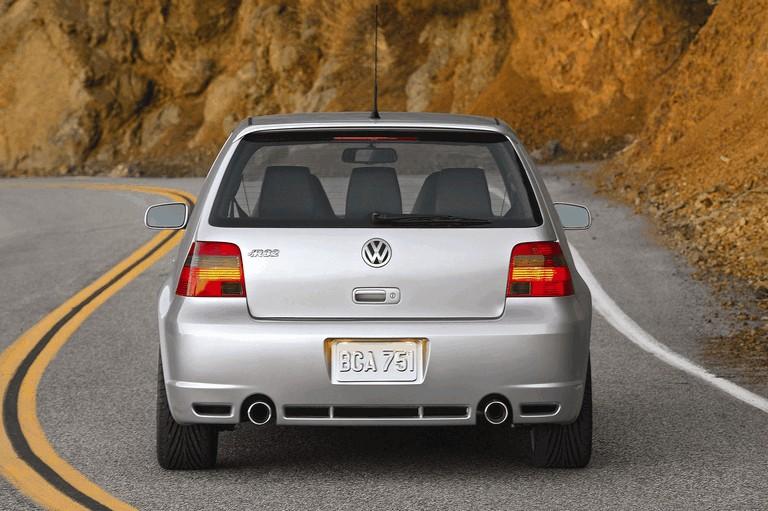 2004 Volkswagen Golf R32 203611