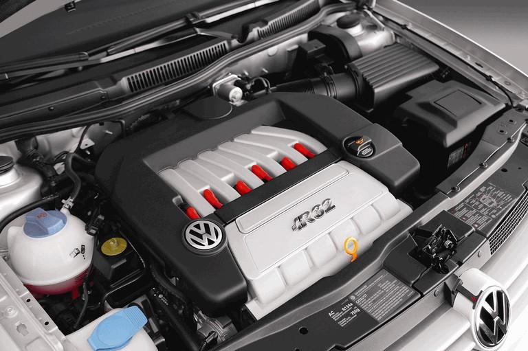 2004 Volkswagen Golf R32 203618