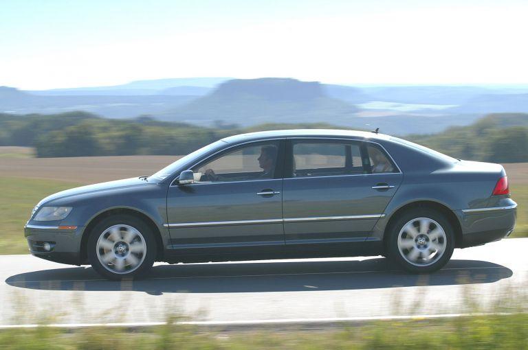 2004 Volkswagen Phaeton 528226