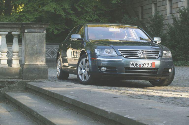 2004 Volkswagen Phaeton 528227