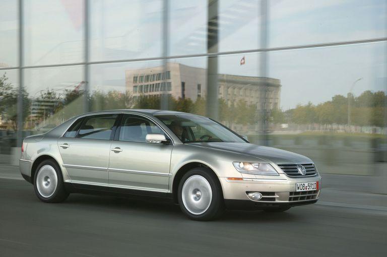 2004 Volkswagen Phaeton 528229