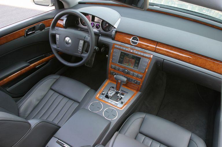 2004 Volkswagen Phaeton 528241