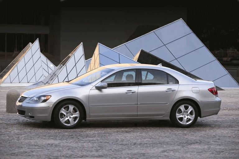 2005 Acura RL 203690