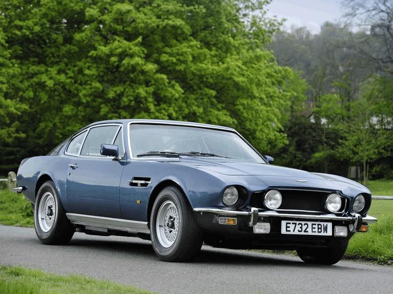 1972 Aston Martin V8 Saloon Free High Resolution Car Images