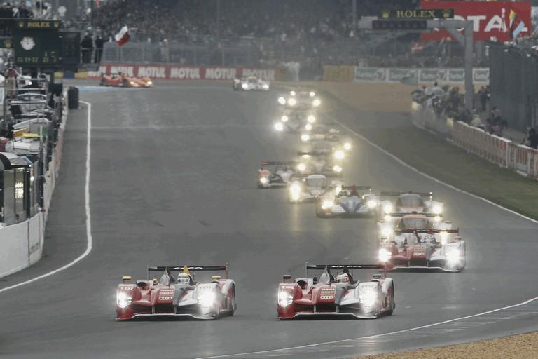 2010 Audi R15 TDI - 24hrs Le Mans 283091