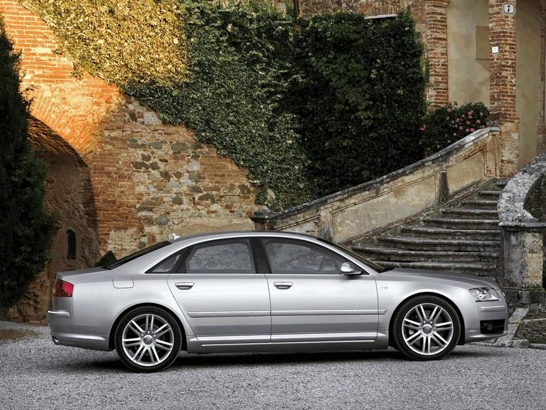 2005 Audi S8 204090