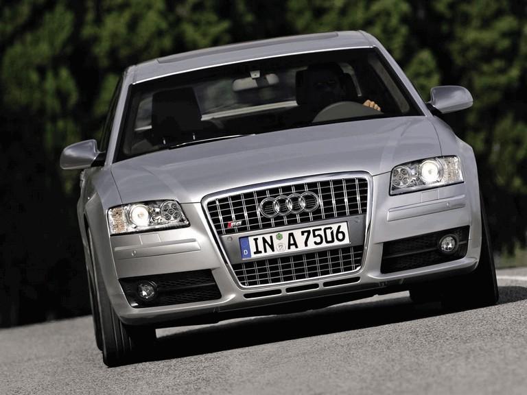 2005 Audi S8 204098