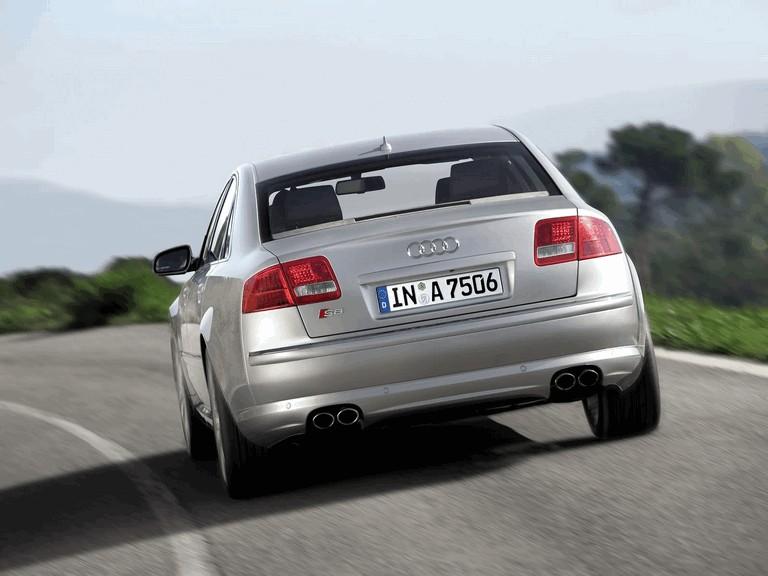 2005 Audi S8 204100