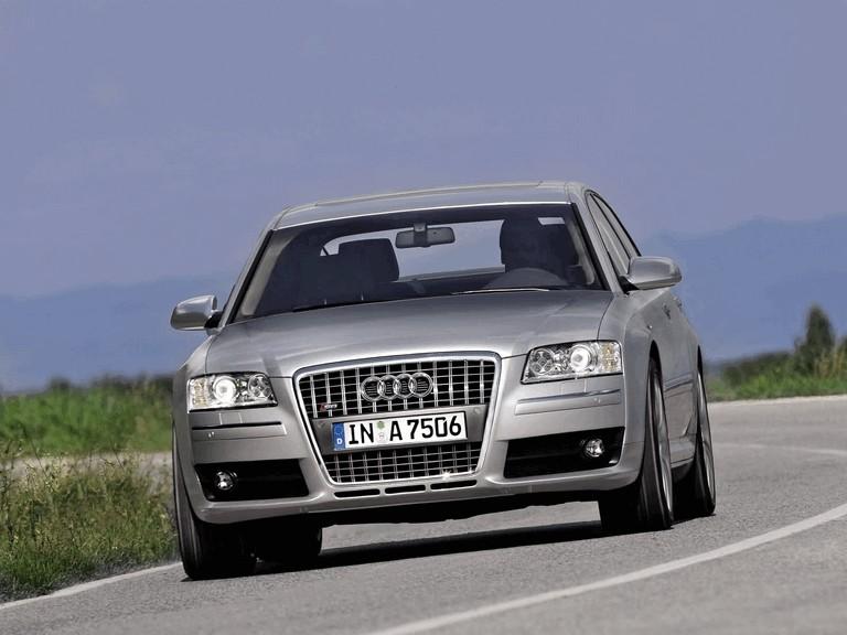 2005 Audi S8 204101