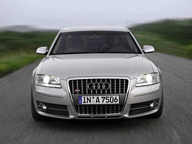 2005 Audi S8 204103