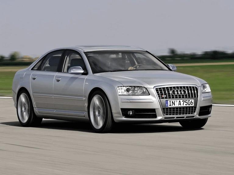 2005 Audi S8 204104