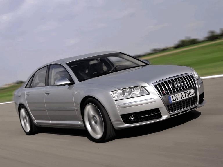 2005 Audi S8 204105