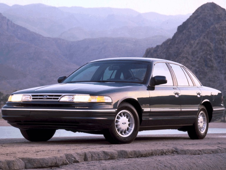 1995 Ford Crown Victoria 286492