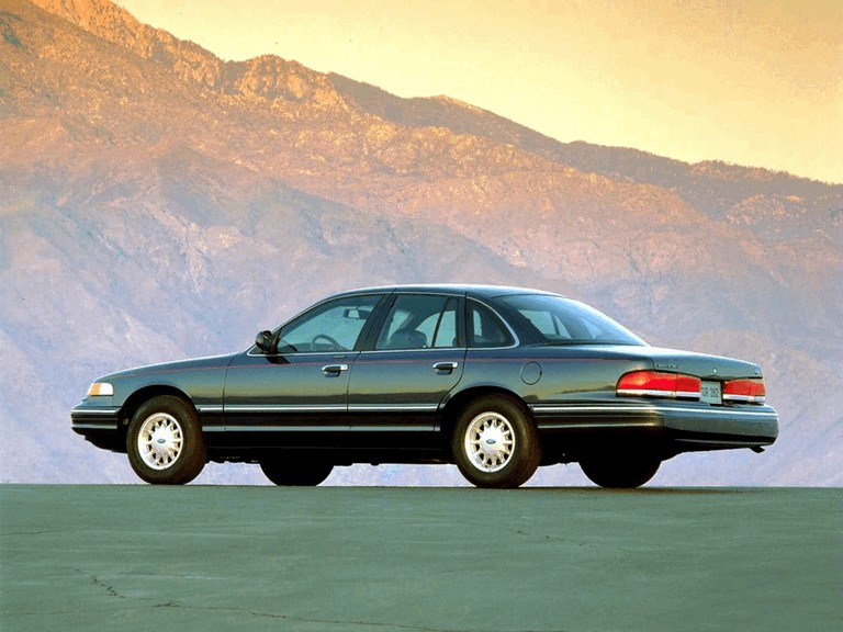 1995 Ford Crown Victoria 286496