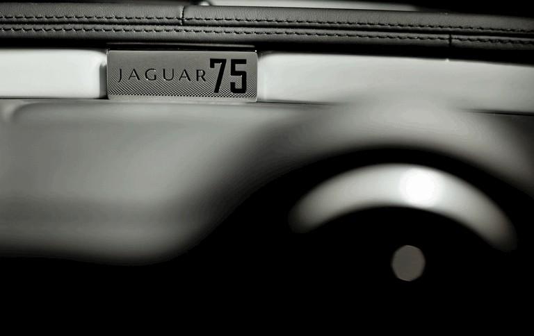2010 Jaguar XJ75 Platinum concept X351 288180