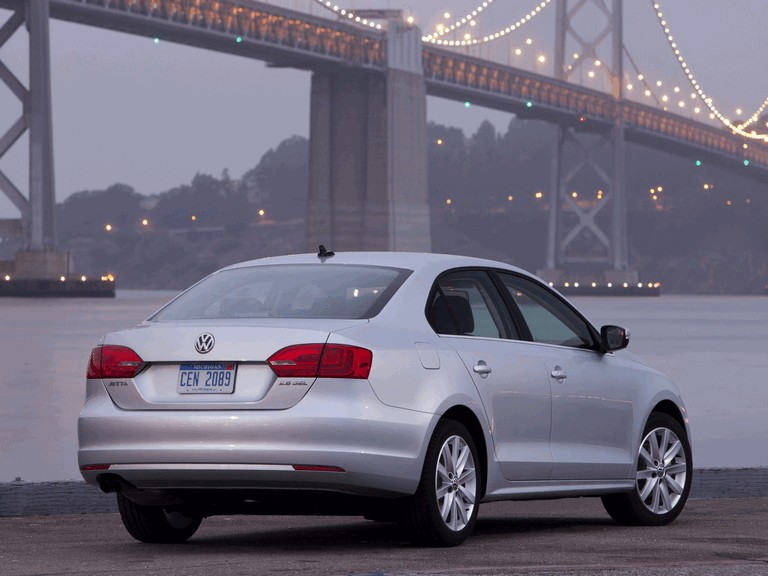 2010 Volkswagen Jetta - USA version 289695