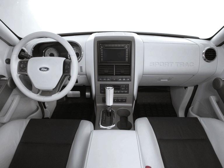 2005 Ford Explorer Sport Trac 205468