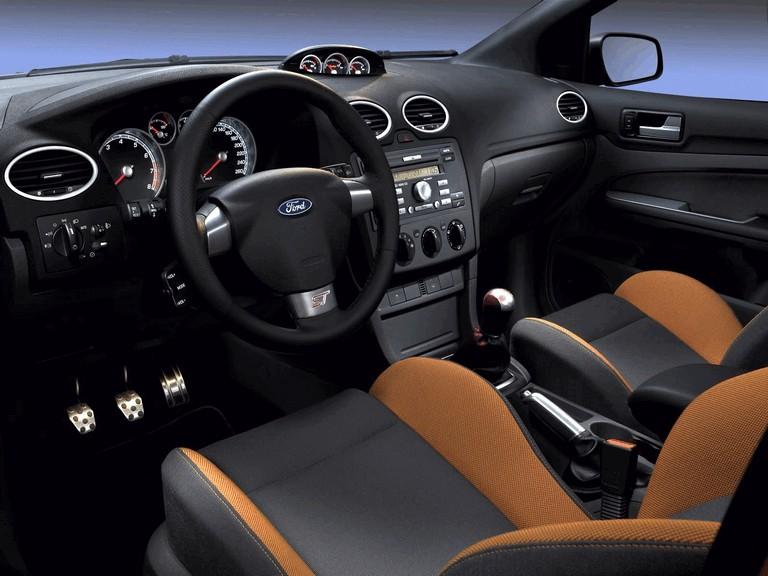 2005 Ford Focus ST 3-door european version 205517