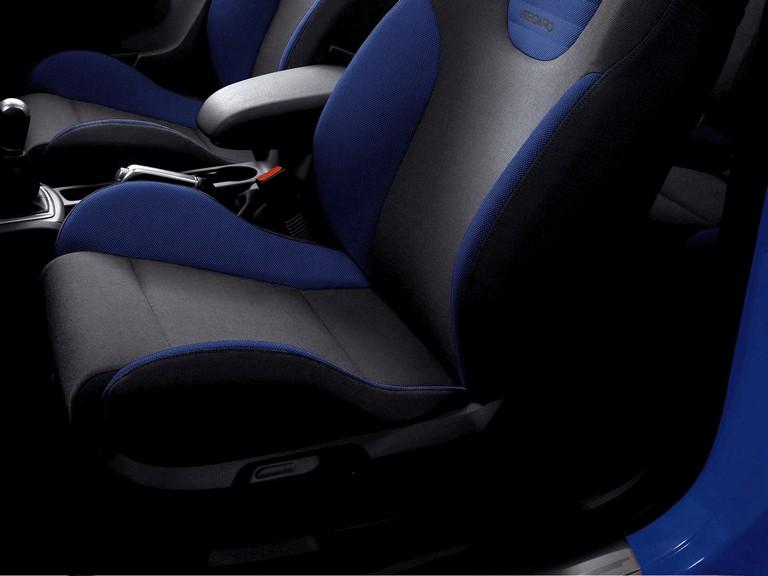 2005 Ford Focus ST 3-door european version 205520