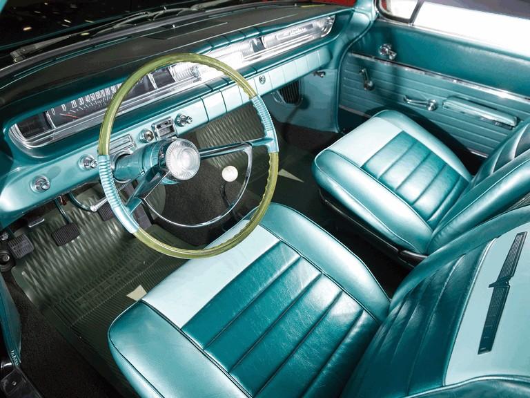 1961 Pontiac Ventura Super Duty 421 hardtop - Free high