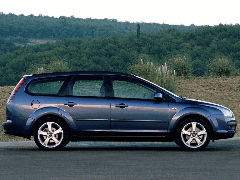 2005 Ford Focus Wagon european version 205557