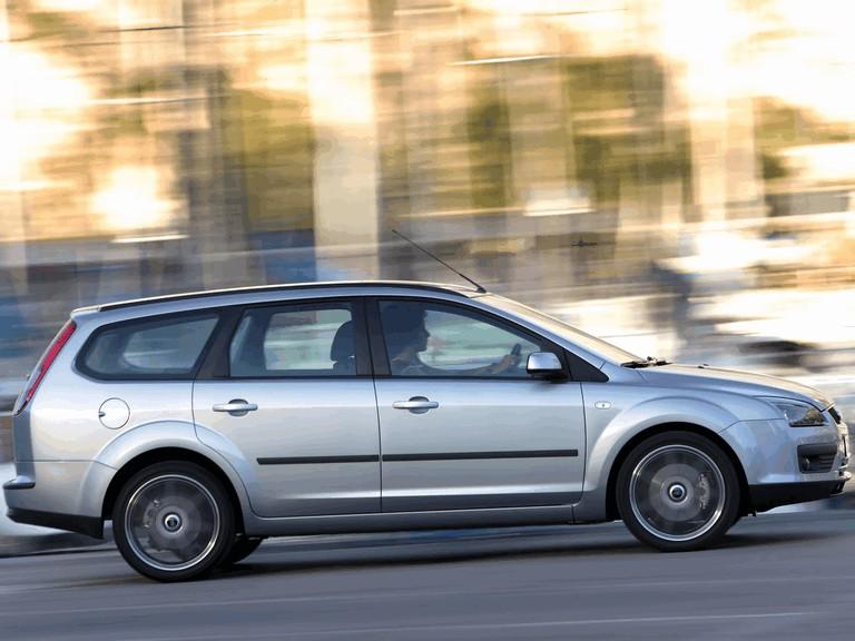 2005 Ford Focus Wagon european version 205561