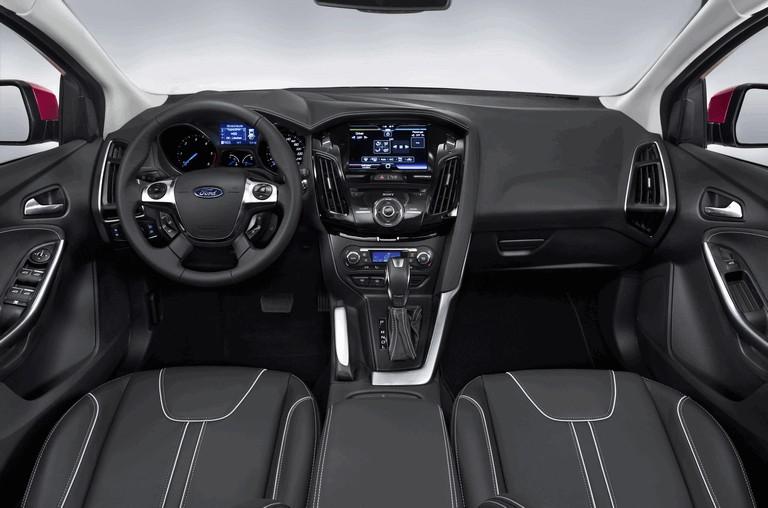 2010 Ford Focus hatchback 508323