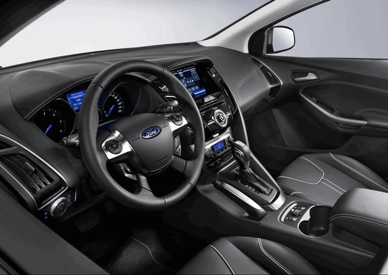 2010 Ford Focus hatchback 508326
