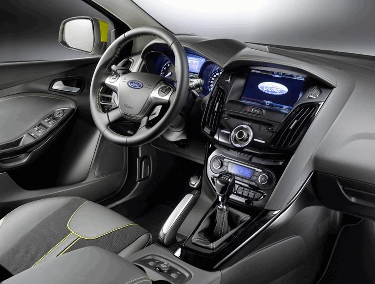 2010 Ford Focus hatchback 508331