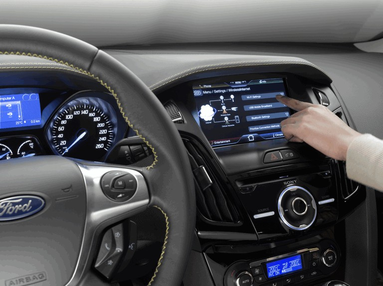 2010 Ford Focus hatchback 508333